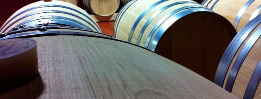 Barricas de roble :: Vinos Nestares Rincón en Museo del Vino Alpujárride. © Bodegas Nestares Rincón