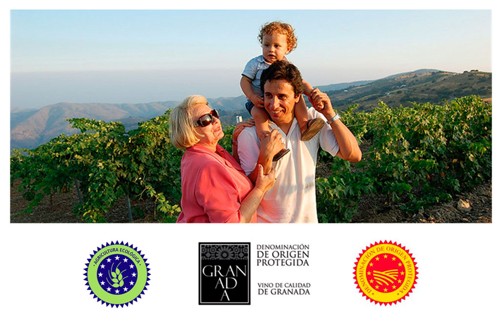 The Nestares Rincon family and vineyards of Torvizcon :: © Bodegas Nestares Rincon - Alpujarride
