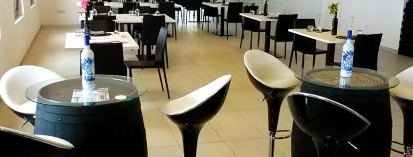 Restaurant Main Hall :: © Bodegas Nestares Rincon